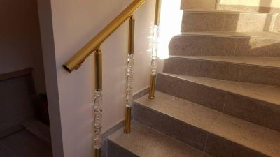 Алуминиеви парапети с луксозни плексиглас колонки - Изображение 2