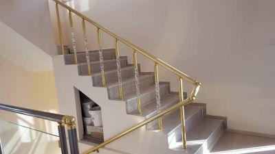 Алуминиеви парапети с луксозни плексиглас колонки - Изображение 4
