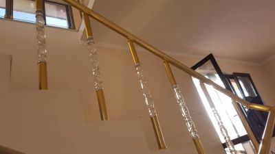 Алуминиеви парапети с луксозни плексиглас колонки - Изображение 5