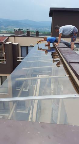 Навес от алуминиева конструкция и плътен поликарбонат - 04 - Алутрейдинг ЕООД - Пловдив