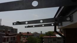 Навес от неръждаема конструкция и закалено стъкло изработен от Барос Вижън ЕООД и изпълнен от Алутрейдинг ЕООД - 10 - Алутрейдинг ЕООД - Пловдив