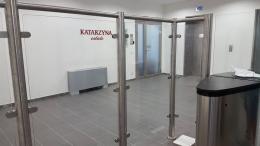 Заграждения от неръждаема конструкция и стъкло и стъклена врата - 06 - Алутрейдинг ЕООД - Пловдив