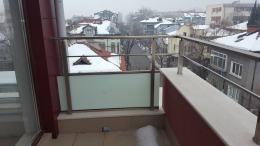 2 - Алуминиеви парапети с масово стъкло и квадратни профили - Алутрейдинг ЕООД - Пловдив