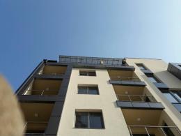 4 - Навес с плътен поликарбонат и алуминиева конструкция - Алутрейдинг ЕООД - Пловдив